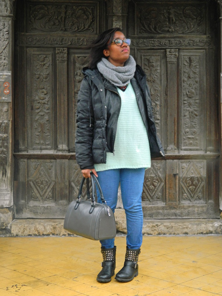 mpb-style-travels-week-end-girls-trip-deauville-portrait-outfit-3