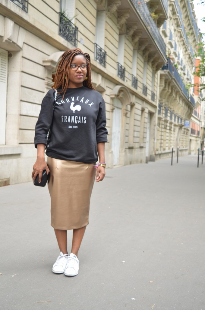 A PENCIL SKIRT MADE OF GOLD
