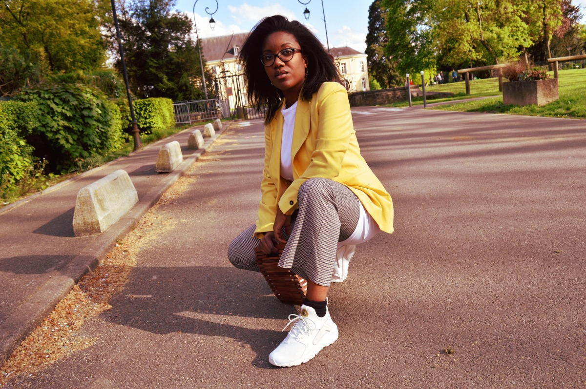 blog mode lifestyle paris , blog life in style paris blog lifestyle femme noire, blog mode et lifestyle paris femmes noires, blog mode femme noire, blog for black women paris , porter une veste jaune, comment porter veste colorée, veste jaune zara, veste jaune shopping, how to wear a colorful blazer