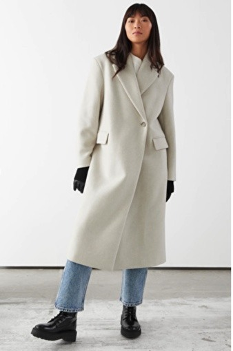 manteau beige and other stories